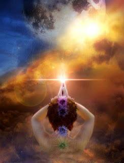 ser y luz en manosjuntas