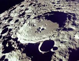 luna crater