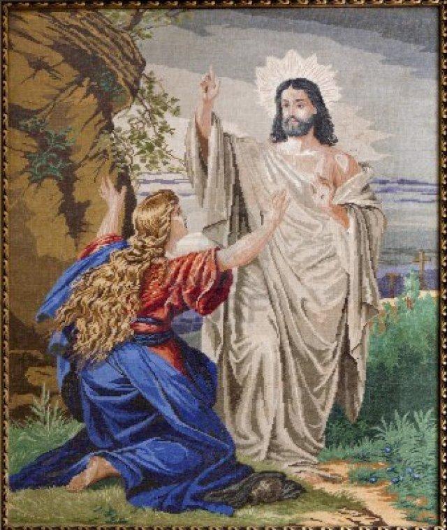 16896650-marianka--4-de-diciembre-de-tapestry-aparicion-de-jesus-resucitado-a-maria-magdalena-en-la-parroquia
