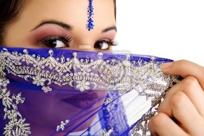 cuadro-poster-mujer-india-con-un-hermoso-sari-azul-etnico